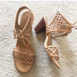 ADRIENNE VITTADINI brown heeled sandals. 9